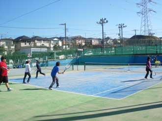 テニススクール 風景